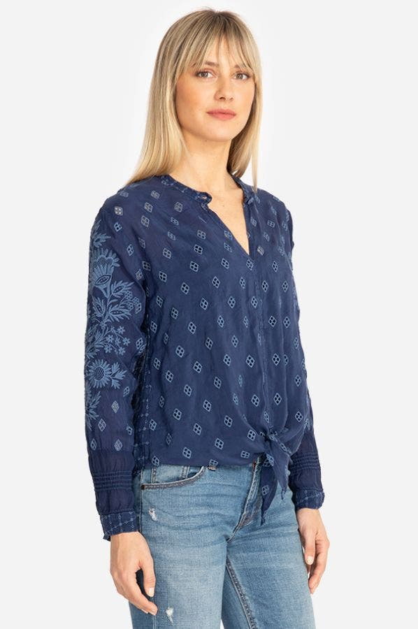 HUNTER TIE FRONT BLOUSE