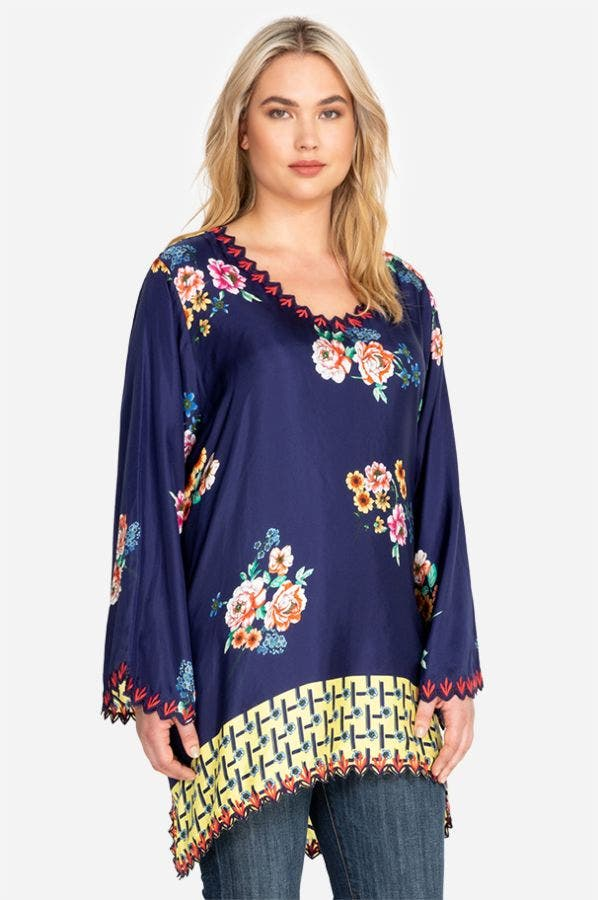 DINAH FLARE SLEEVE BLOUSE-PLUS SIZE