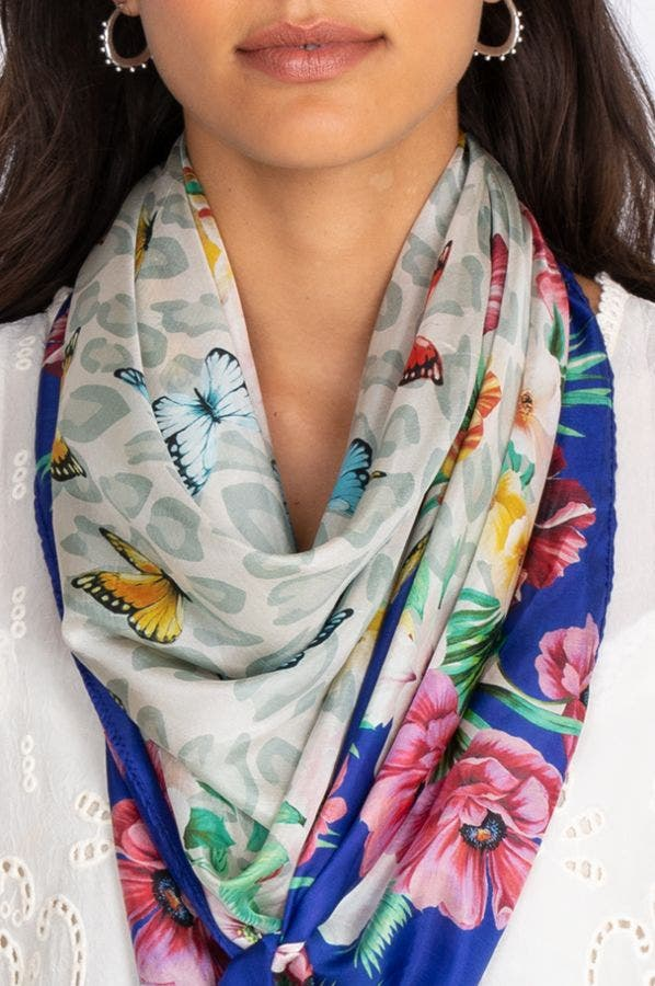 MAY FLOWER SCARF