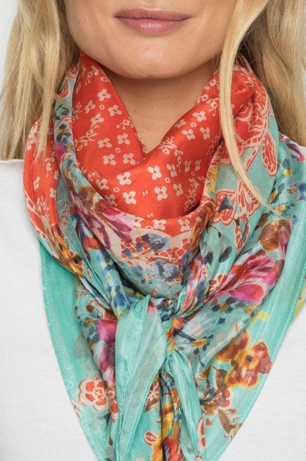 LACEY BORDER SCARF