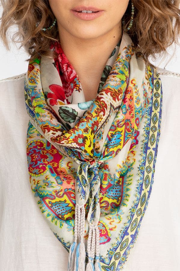 PAISLEY FLOWER SCARF