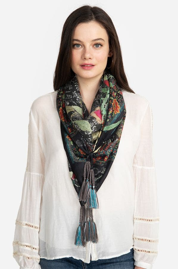 LOMIAN SCARF