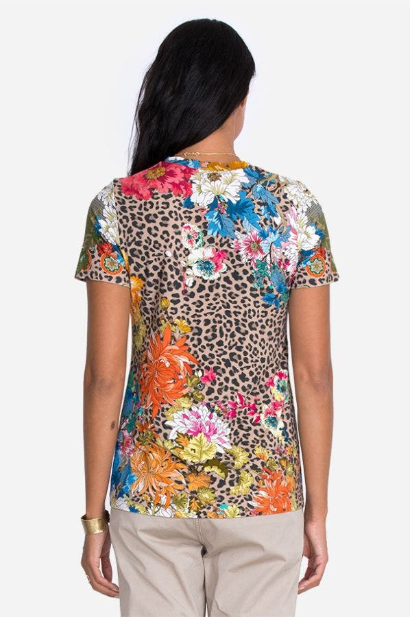 TAYLOR LEOPARD FAVORITE SHORT SLEEVE CREW NECK