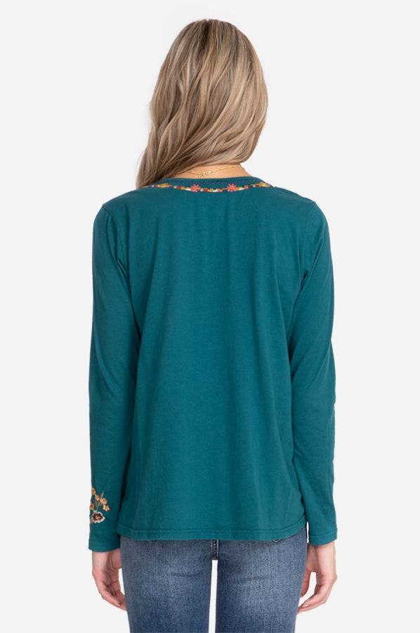 SISILIA LONG SLEEVE SWING TEE