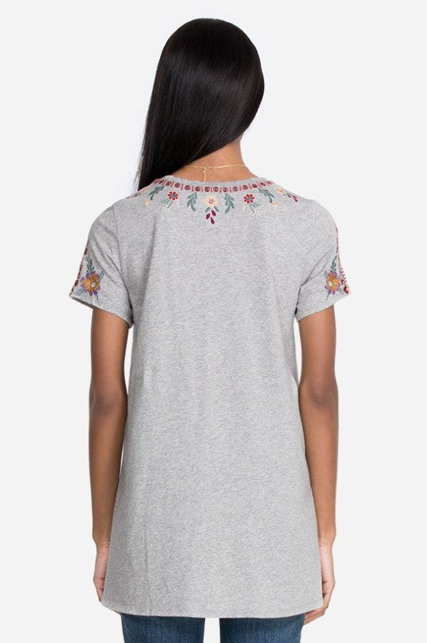 NYA SHORT SLEEVE A-LINE TUNIC
