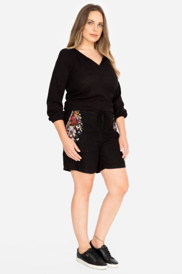 BEATRIZ LINEN SHORTS-PLUS SIZE