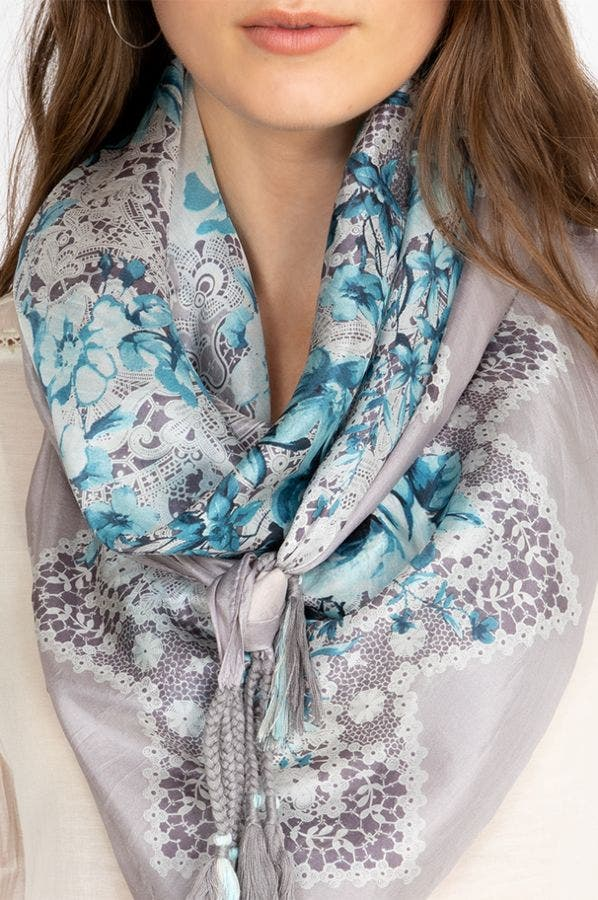 Tea Leaf Scarf
