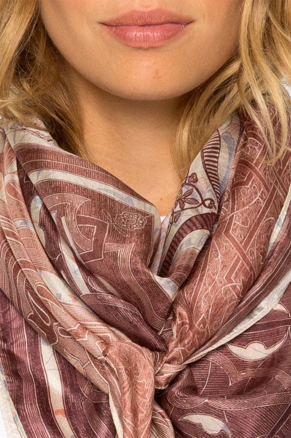 PLATE SCARF