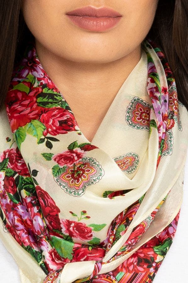 ROSE LACE SCARF