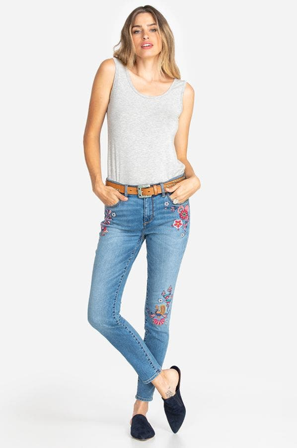 DALLAH EMBROIDERED SKINNY JEAN