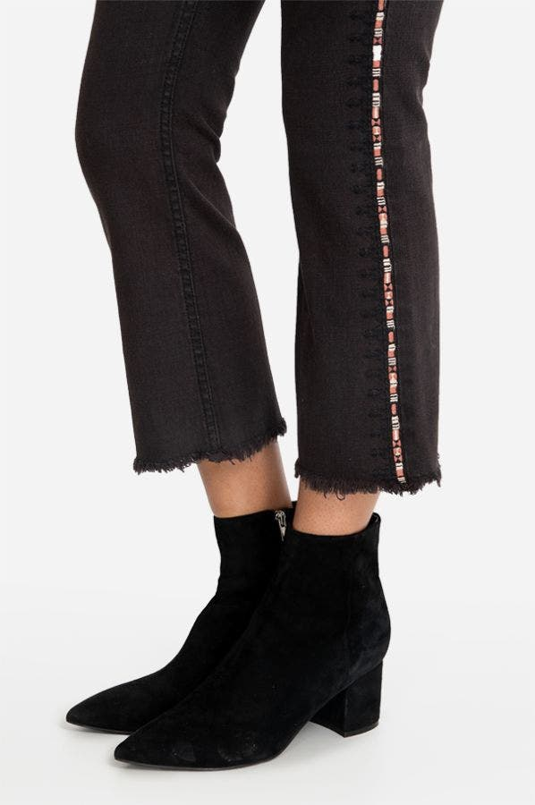 EMBROIDERED CROPPED BABY BOOT
