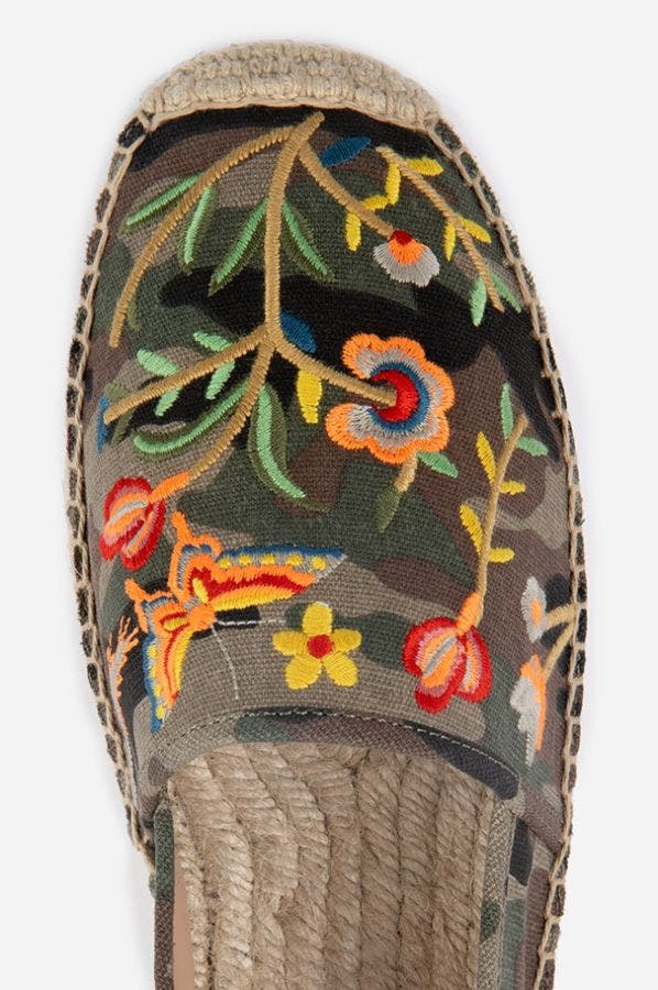 EMBROIDERED ESPADRILLE