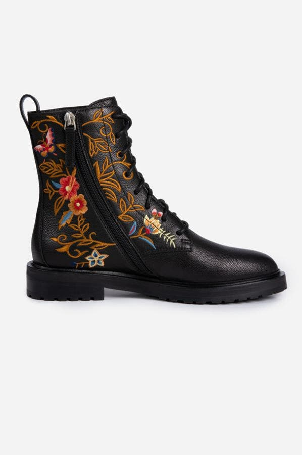 TALINE LACE-UP BOOT
