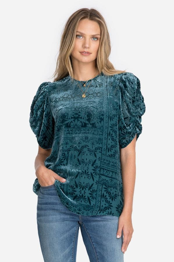 AMATAN RUCHED TOP