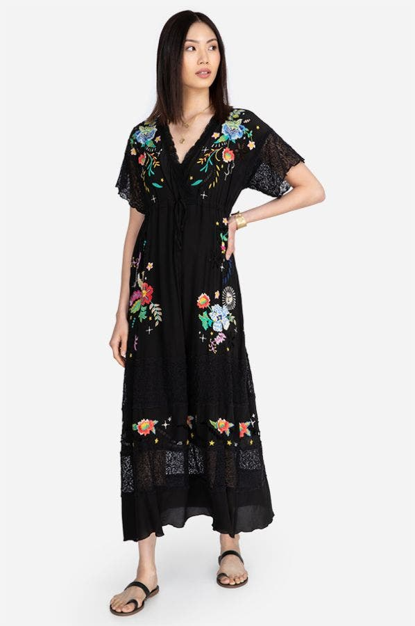 AMAPOLA EMBROIDERED MAXI DRESS