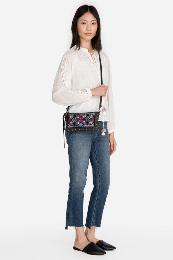 STUDDED CROSSBODY WITH EMBROIDERY
