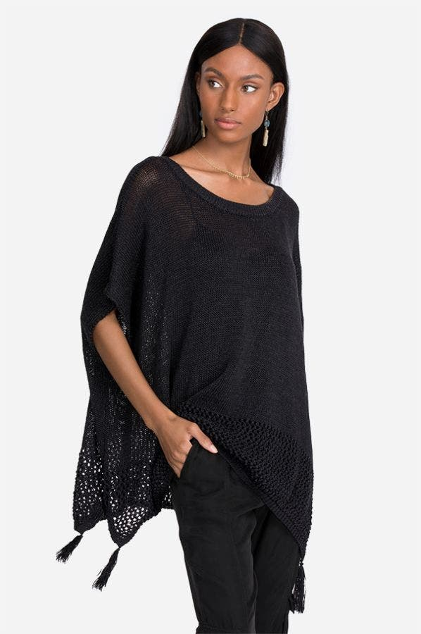 SOLID PONCHO WITH TASSELS