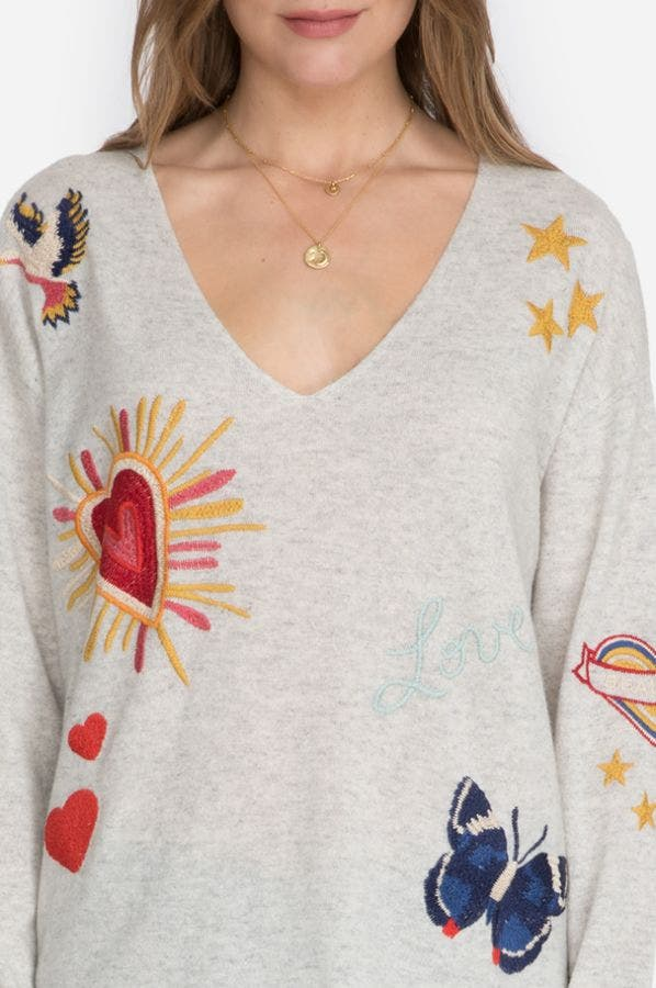 TATTOO EMBROIDERY V-NECK PULLOVER