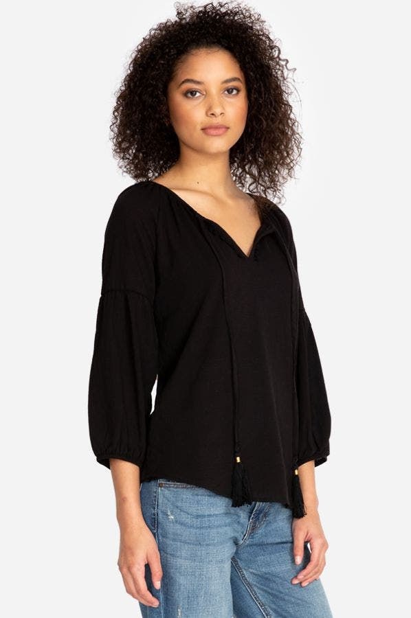 TASSELED BLOUSON SLEEVE TOP
