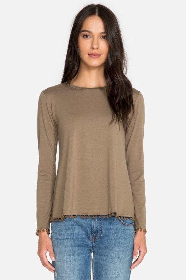 LONG SLEEVE SWING TOP