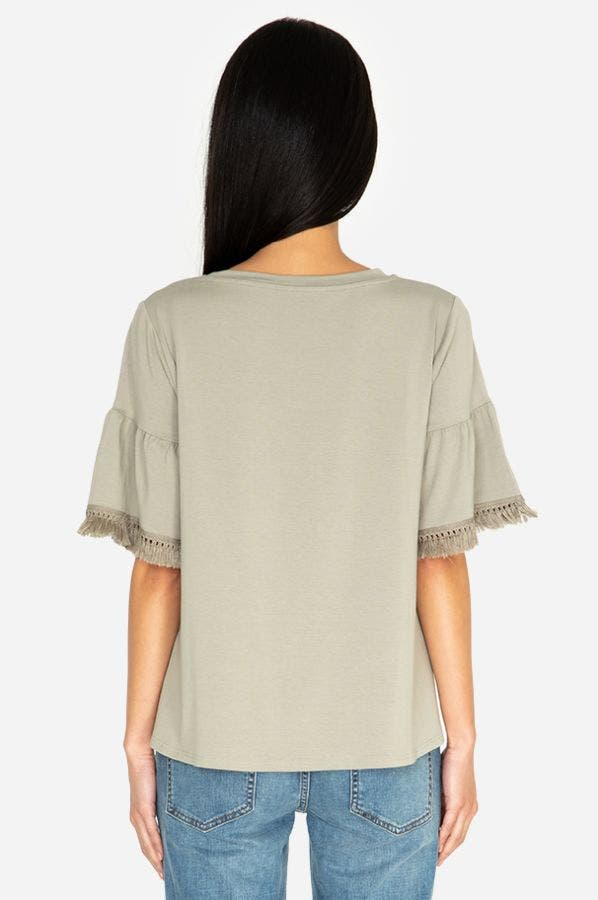 TRIMMED SLEEVE SWING TEE