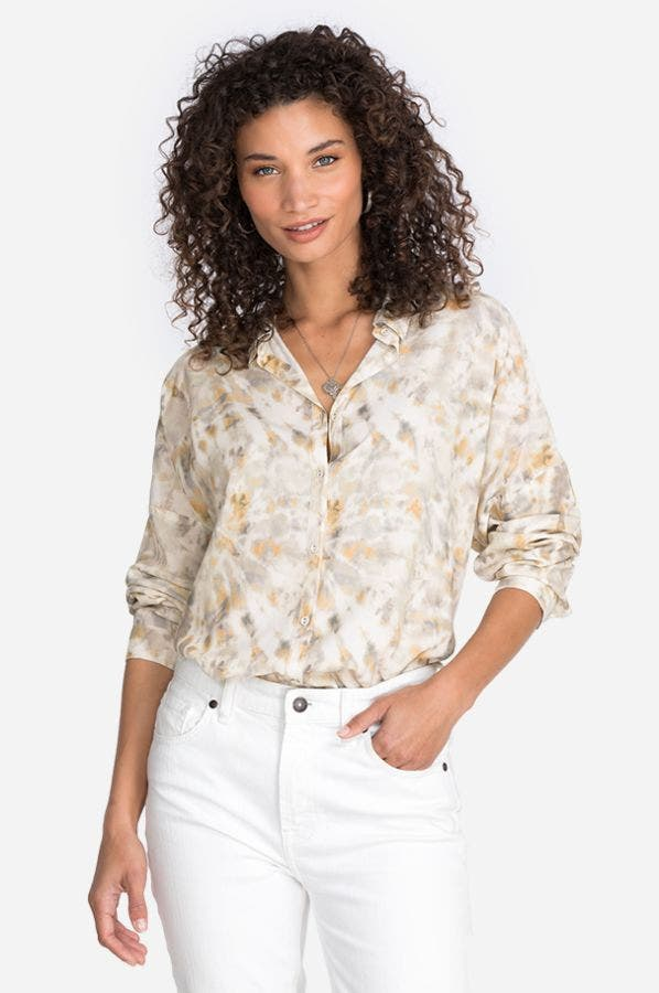 RELAXED BOXY BUTTON-UP BLOUSE