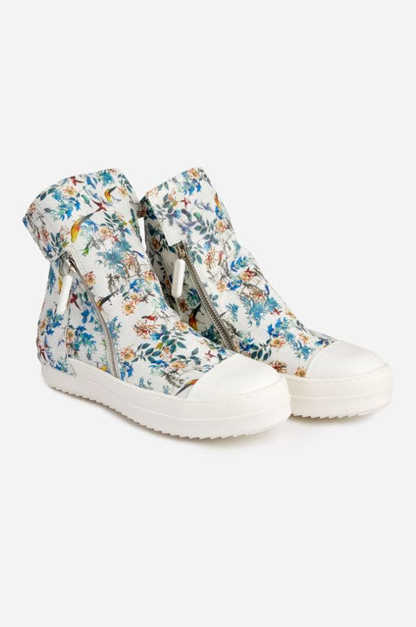 FEATHERED FRIENDS HI-TOP SHOE