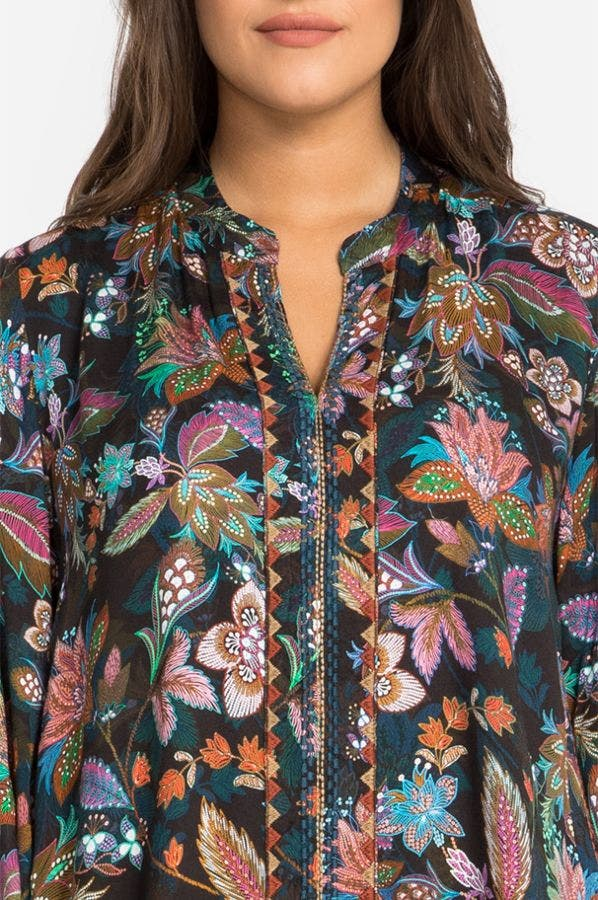 EFFORTLESS SWING BLOUSE-PLUS SIZE