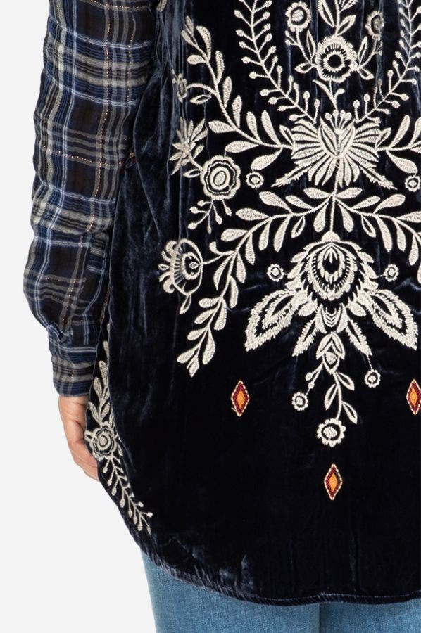 MICA VELVET EMBROIDERED BACK SHIRT